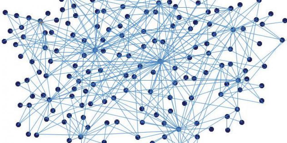From pyramid to lattice—Gore democratic management